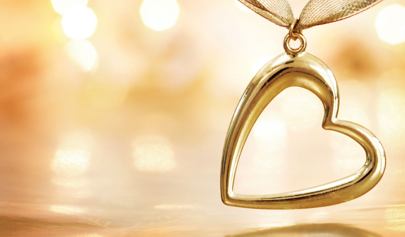 Heart-shaped jewellery – 7 ways to woo your Valentine