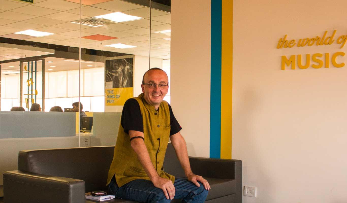 FlipTales – Stefaan Van Hooydonk and the Tao of Unlearning