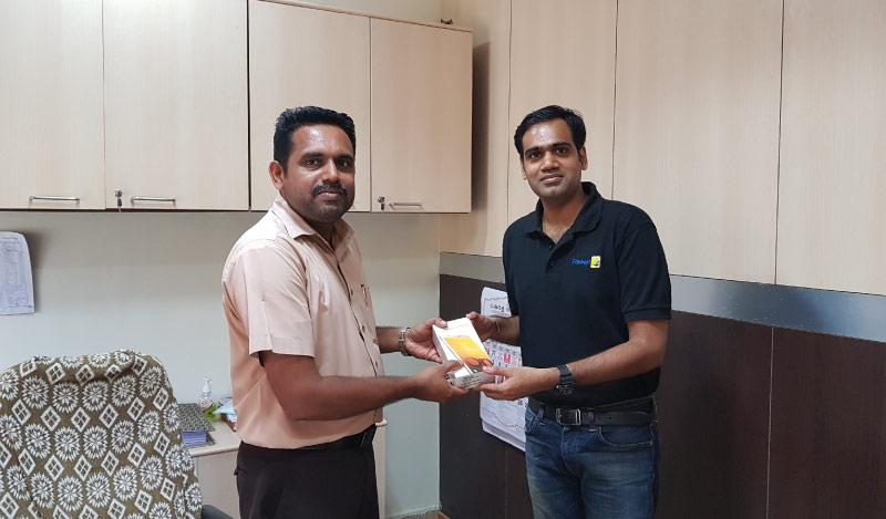Flipkart Customer Connect - Vinod VP (L) with Flipster Manu Sasidharan