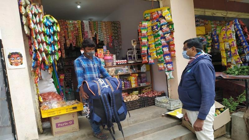 Harish, kirana store owner in Bengaluru, participates in the Big Billion Days 2020